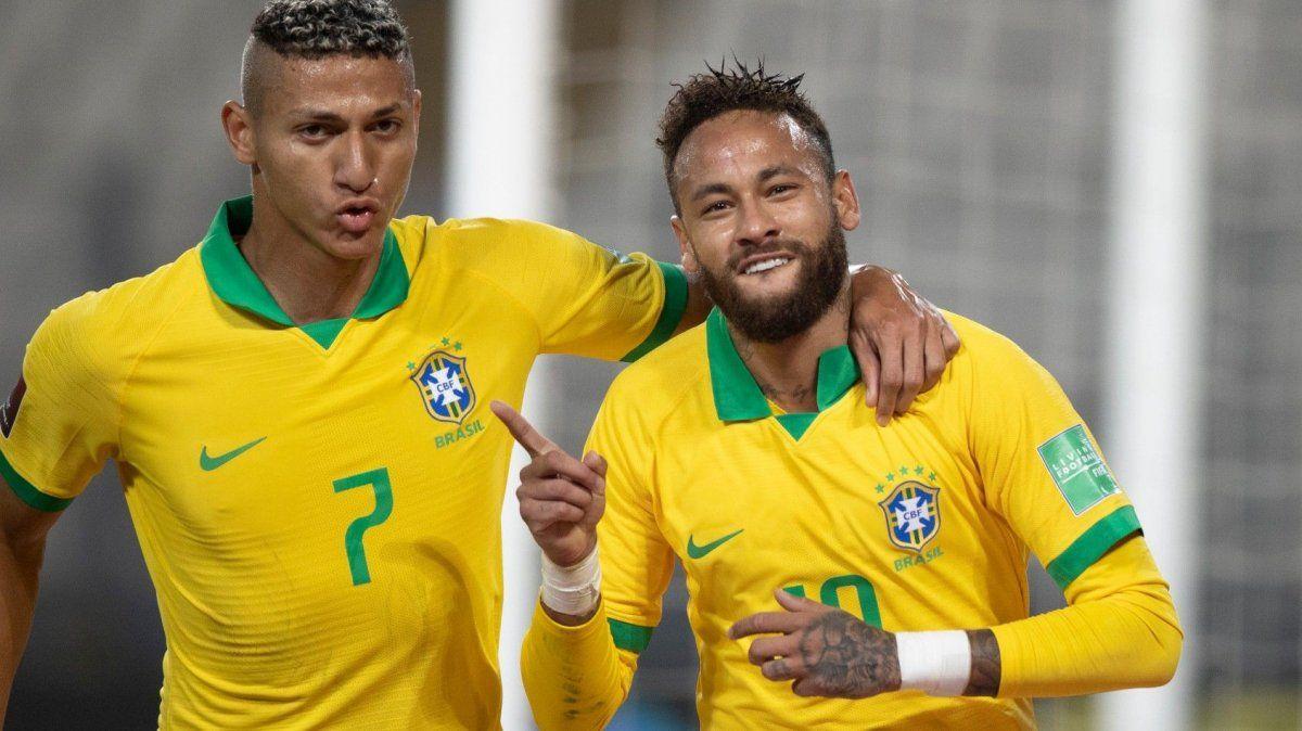 El astro brasilero Neymar fue absolutamente determinante en la victoria de la Canarinha en tierras incaicas.