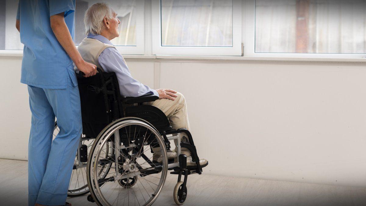 La provincia cuenta con una población de 681.700 adultos mayores