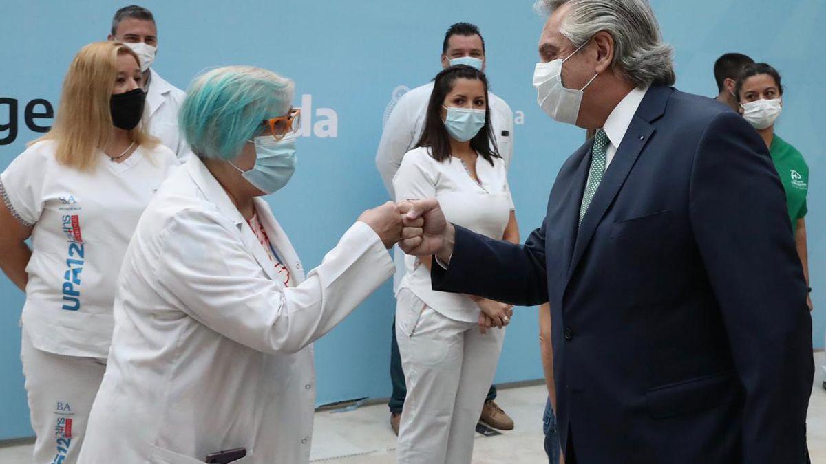 Gobernadores e intendentes expresaron este lunes su respaldo a las políticas sanitarias del Gobierno nacional