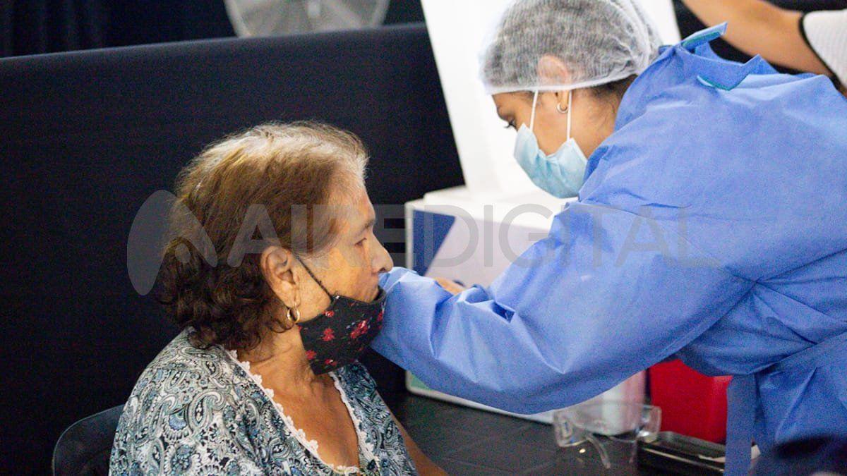 La mayoría de los argentinos están siendo inmunizados contra el covid con Sputnik V.