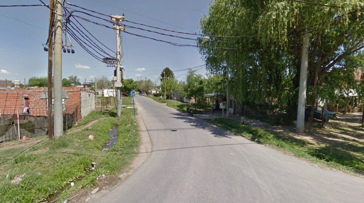 Rosario: un adolescente baleó a un policía en un intento de robo
