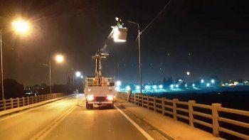 Continúan esta noche los trabajos en las luminarias del Puente Carretero