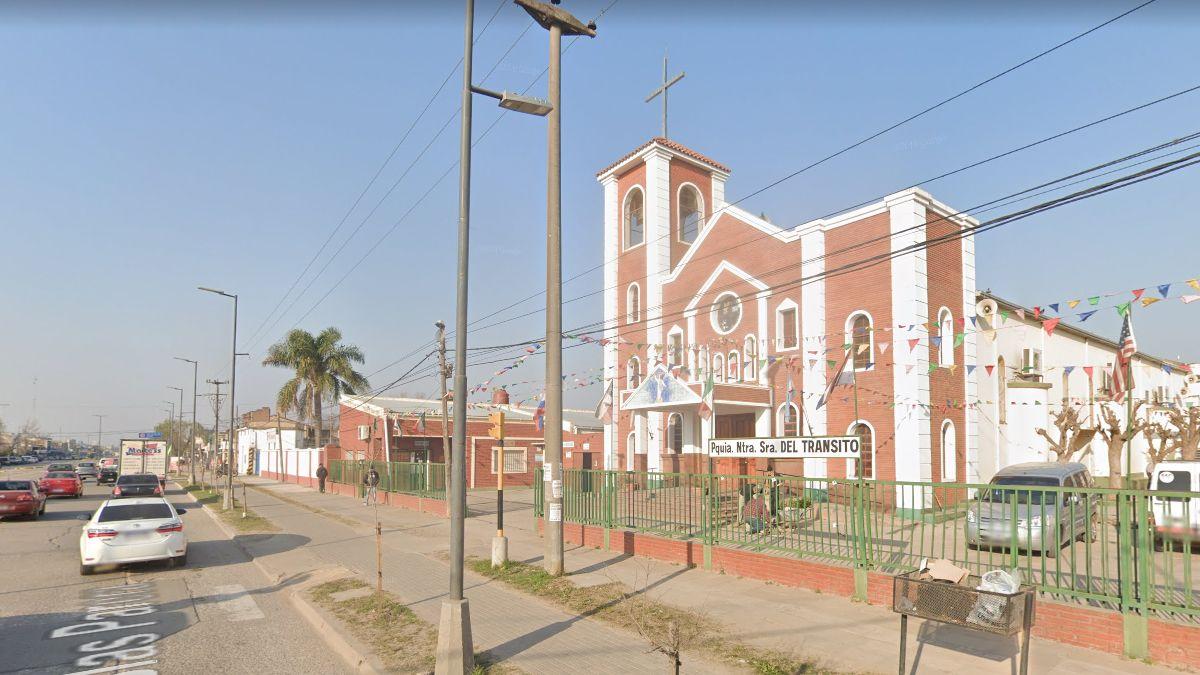 El accidente ocurrió en frente de la parroquia Nuestra Señora del Tránsito de Santa Fe.