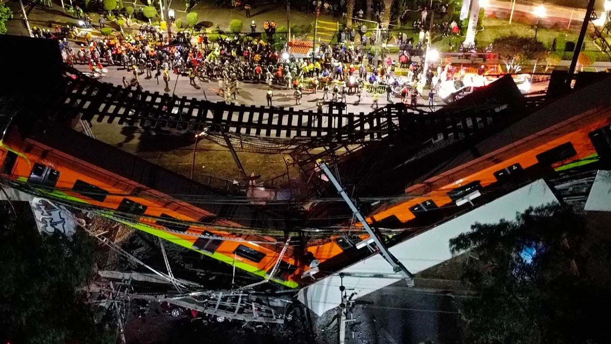 Se desplomó el puente de la línea 12 del Metro en la Ciudad de México.