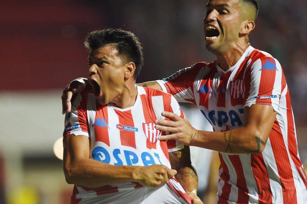 Unión fue una orquesta, puso a bailar a Atlético Mineiro al ritmo de Madelón y va a Brasil con un pie en la siguiente fase