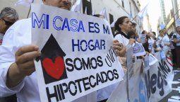 El Ministerio de Desarrollo Territorial y Hábitat, encabezado por Jorge Ferraresi, informó que no están en condiciones de brindar una solución a los tomadores de créditos hipotecarios UVA.