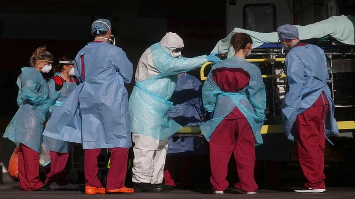 Reino Unido registra 938 muertos en un día por coronavirus