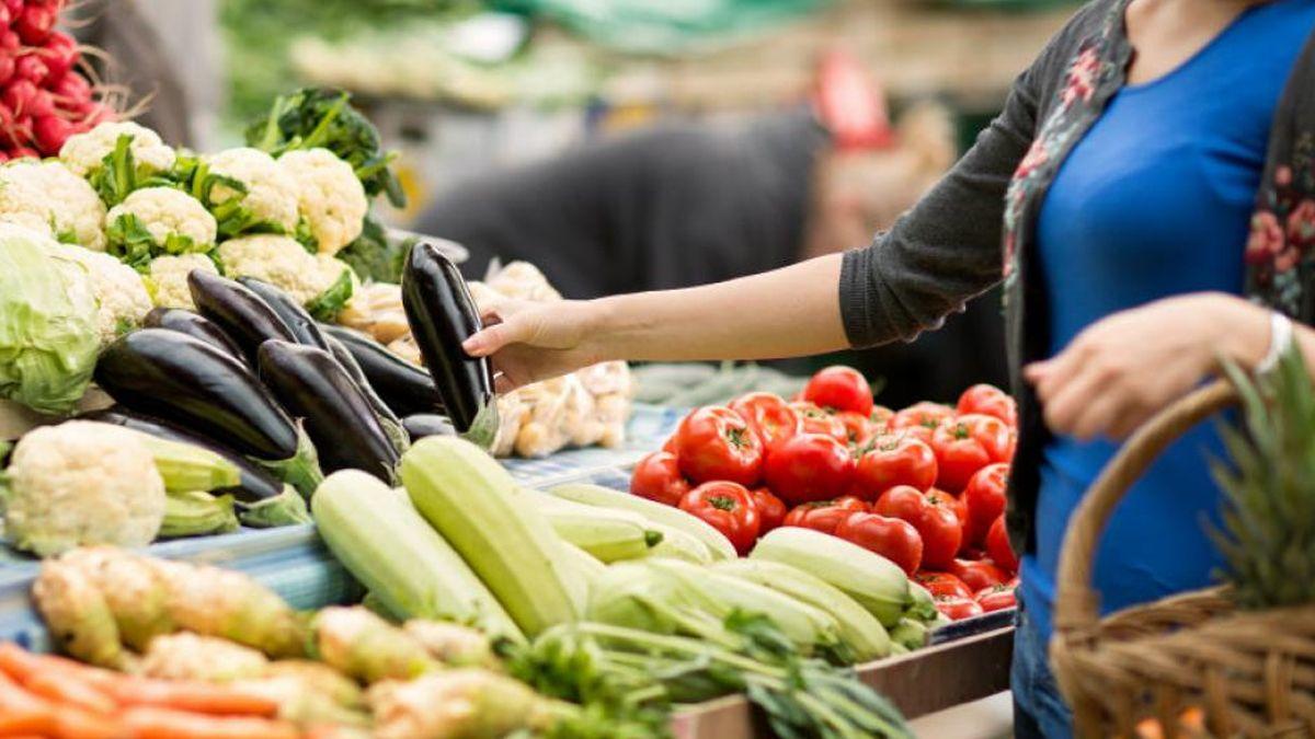 La brecha de precios entre lo que pagó el consumidor y lo que recibió el productor  subió 8,6%