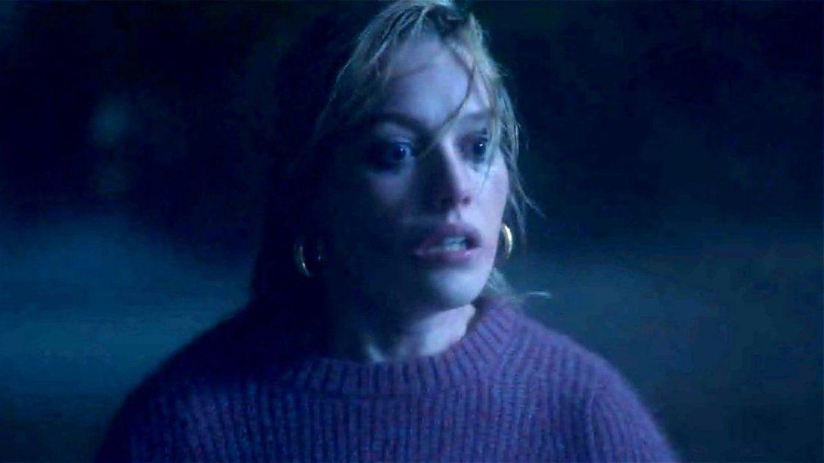 El personaje de Victoria Pedretti causa furor en La Maldición de Bly Manor por este motivo