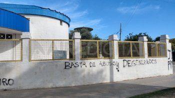 No se dictan clases en el complejo educativo Ceferino Namuncurá de barrio Yapeyú