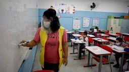 El Juzgado Federal en lo Contencioso Administrativo declaró la incompetencia de la justicia porteña y envió el expediente a la Corte Suprema, medida que deja sin efecto la cautelar planteada por padres y madres de alumnos contra el DNU de suspensión de las clases presenciales en la Ciudad de Buenos Aires.