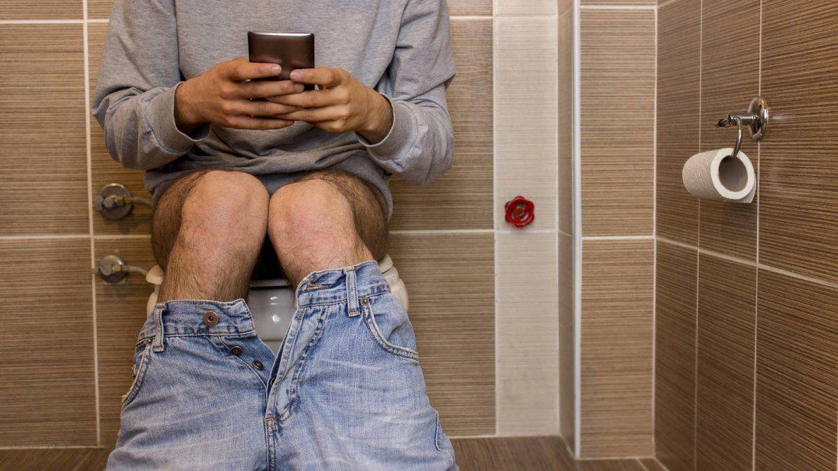Existen gérmenes peligrosos para nuestra salud que pueden detectar en el baño