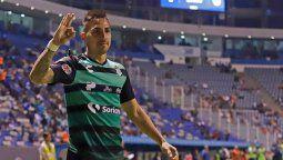 Javier Correa volverá al fútbol argentino para vestir la camiseta de Racing. A pesar del interés del Sabalero, la Academia se adelantó en las negociaciones y acordó con el Santos Laguna de México.