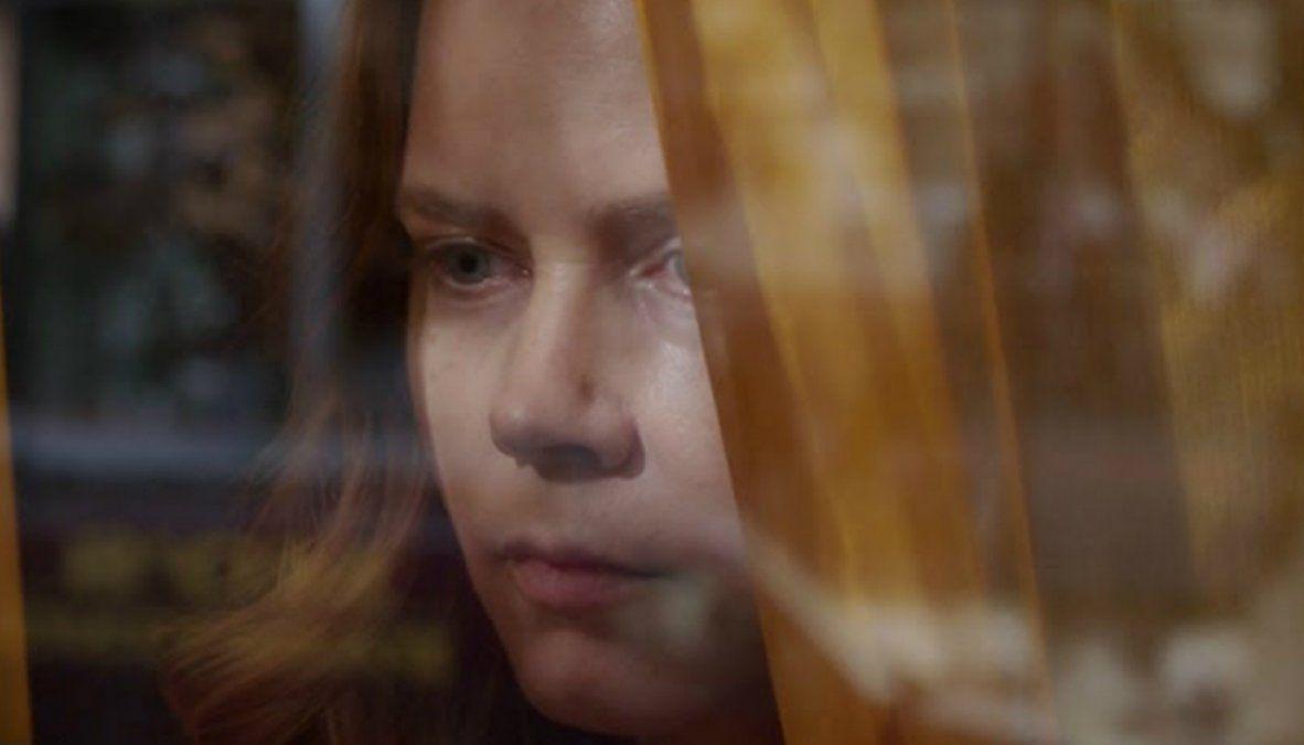 Netflix estrena La mujer en la ventana: el thriller psicológico protagonizado por Amy Adams.