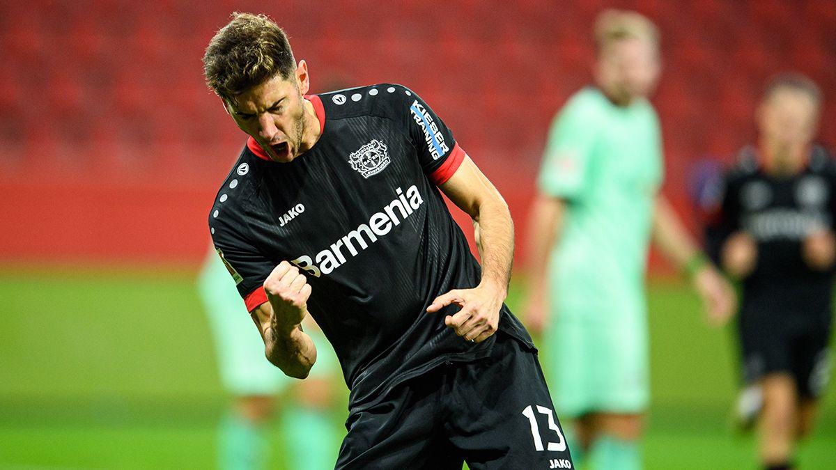 Lucas Alario y el Bayer Leverkusen enfrentan al Borussia Dortmund por la Bundesliga.