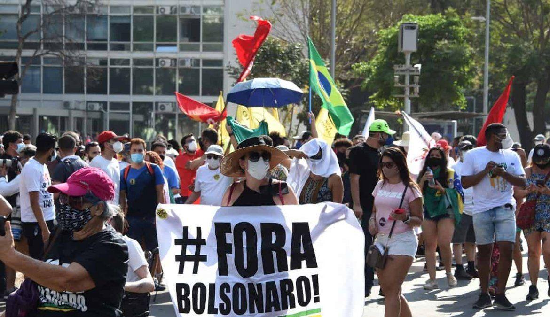 Esos movimientos son los que impulsaron en 2016 el juicio político a la presidenta Dilma Rousseff y ahora defienden una tercera vía para las elecciones presidenciales de 2022 bajo el lema Ni Bolsonaro ni Lula.
