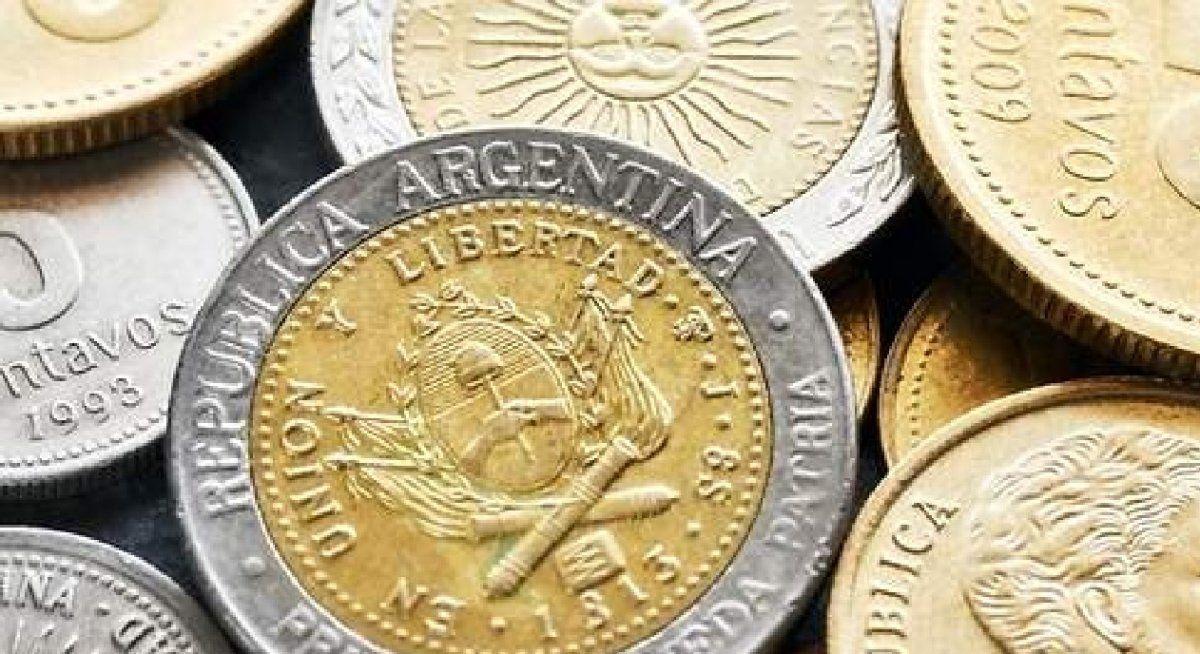 Pagan hasta $15.000 por monedas de un peso argentino que tengan esta letra